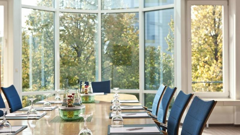 купить гостиницу в Берлине, купить отель в Берлине, купить отель в Германии, купить гостиницу в Германии, купить коммерческую недвижимость в Берлине, купить коммерческую недвижимость в Германии, инвестиции в Германии